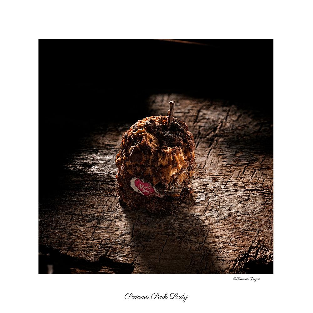 pomme pink lady, nature morte, françois dugué photographe rouen, photographe rouen, photographe culinaire, francois dugue photographe, photographe publicitaire rouen, image rouen, pomme